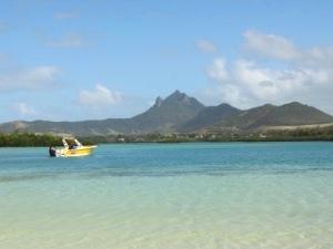 Mauritius Urlaub - türkisblaues Meer